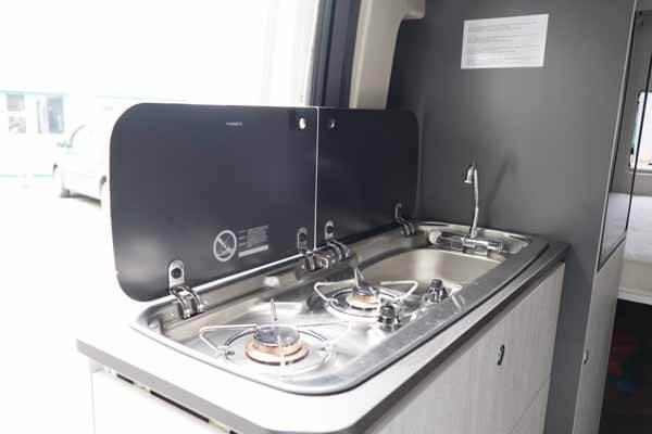 Livingstone-Sport-2-Kastenwagen-Küche